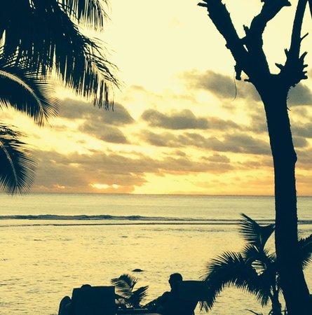 Oceans Restaurant & Bar: Sunset at the Crown Resort