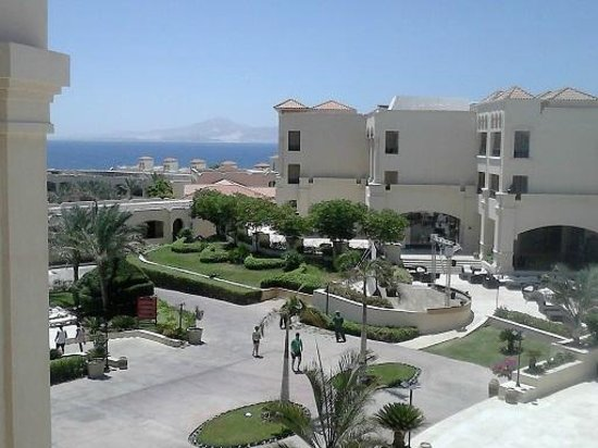 Cleopatra Luxury Resort Sharm El Sheikh: Great view from our balcony