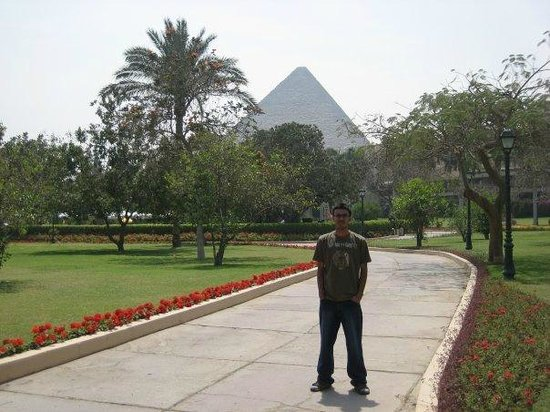 Mena House Oberoi..overlooking the pyramids