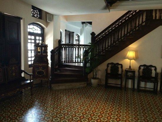Museum Hotel: Lobby