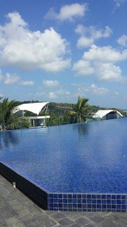 Le Meridien Bali Jimbaran: View from rooftop