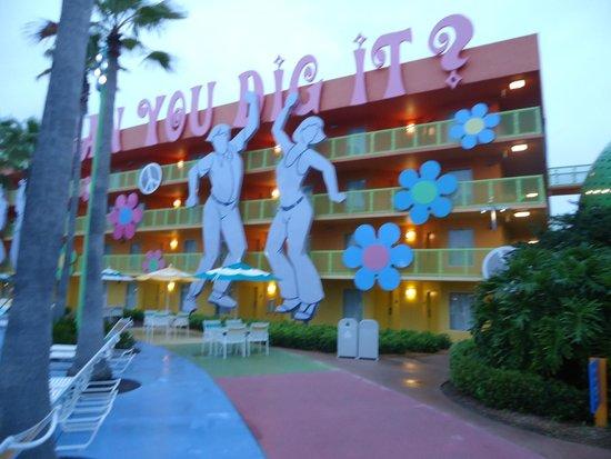 Disney's Pop Century Resort: Один из корпусов отеля