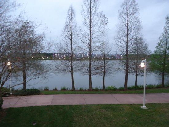 Disney's Pop Century Resort : Вид оз окна номера