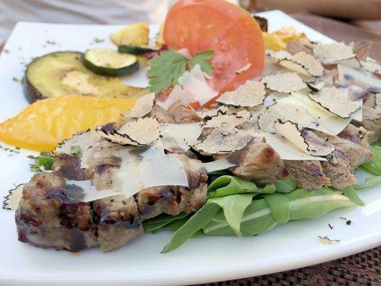 Konoba Mondo: rumpsteak with parmiggiano, truffles