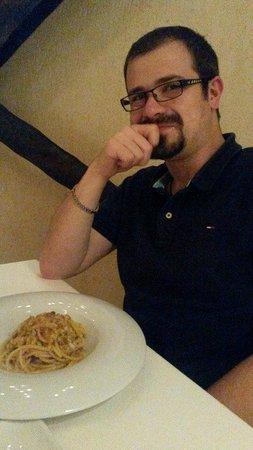 La Galleria di Sopra : spaghetti con tracine al sale, capperi, olive e pomodorini essiccati sott'olio
