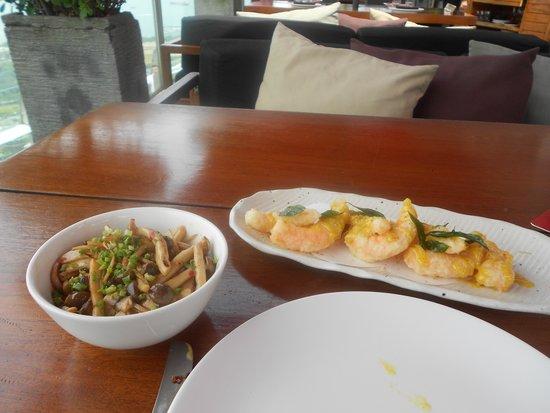 CE LA VI Restaurant: The servings were not generous at all.