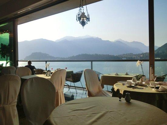 Grand Hotel Cadenabbia: dining view (1)