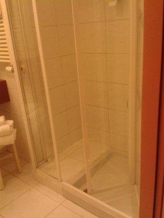 Best Western Plus Hotel Genova : douche