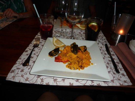 El Chato Wine Bar: paëlla