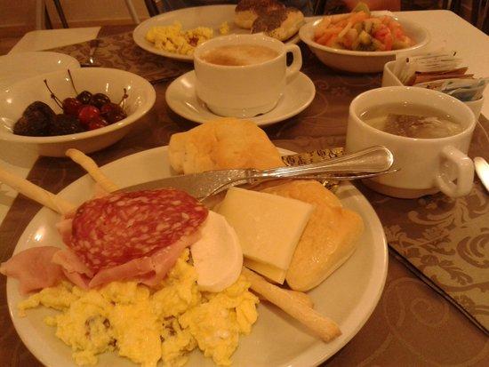 Best Western Plus Hotel Genova : breakfast
