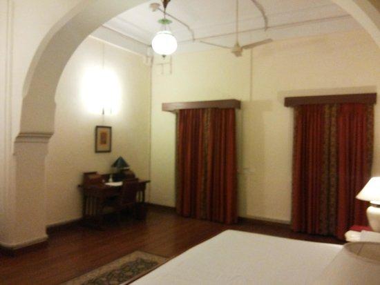 WelcomHeritage Umed Bhawan Palace: room