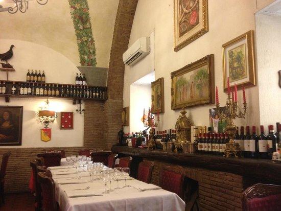 Antica Osteria Piccola Roma : Delicious wine