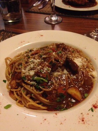 Maltese Mama: Granma's rabbit sauce spaghetti: may not look it but it was a huge portion!!!