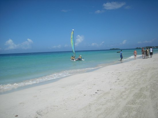 Couples Negril: 7 miles beach