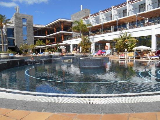 THe Mirador Papagayo : piscine extérieure