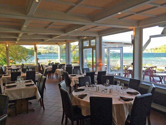 Au bord du lac de paladru picture of beau rivage for Au beau rivage la cuisine