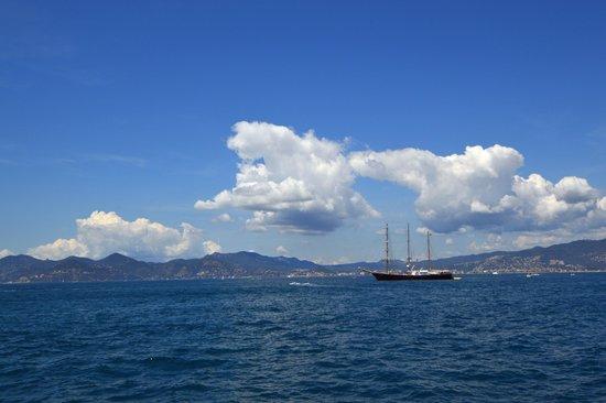 Îles de Lérins : Le bleu de la Méditerranée