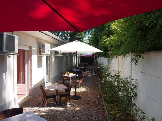 Hôtel du Croisé : terrasse