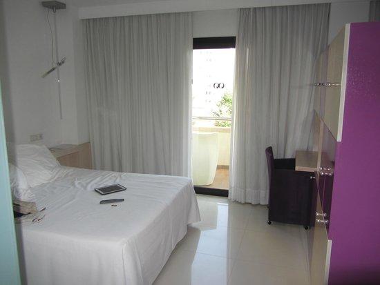 Hotel Agir: Habitación