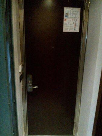 Hotel Bolzano: Porta de entrada