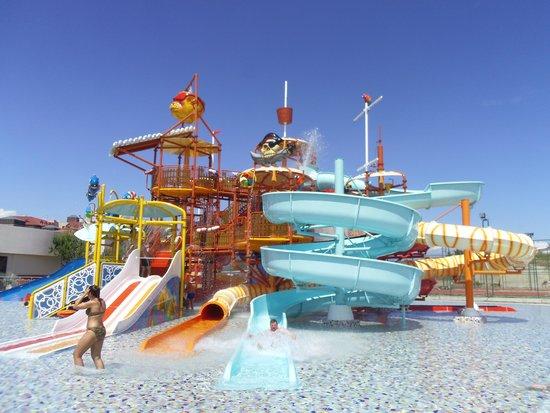 Club Calimera Serra Palace : une autre  piscine