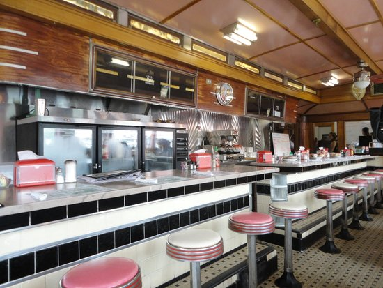 Quechee Diner: the dining car atmosphere