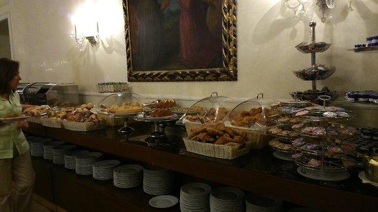 Quirinale Hotel : buffet petit déjeuner