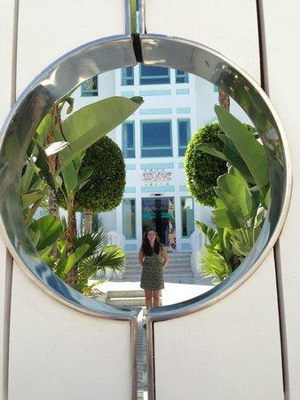 Hotel Es Vive : Hotel door