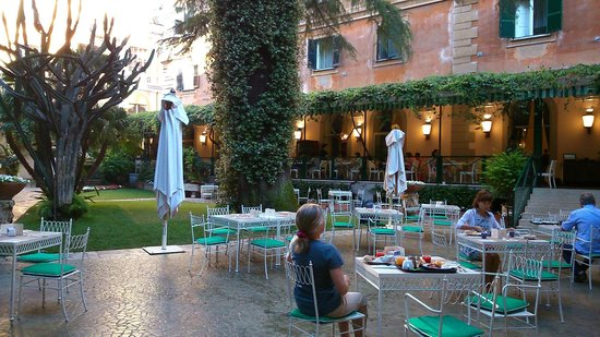 Quirinale Hotel : Jardin, où l'on peut prendre le petit déjeuner