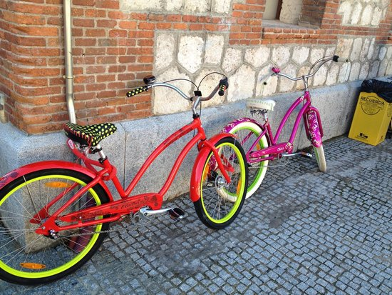 Mobeo Smart Transport: Beautiful Bikes