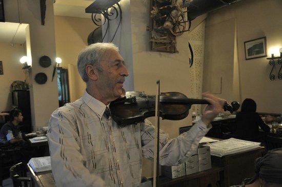 Maspindzelo: Скрипач в Maspinzelo