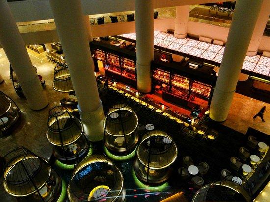 Pan Pacific Singapore : Bar im Erdgeschoss