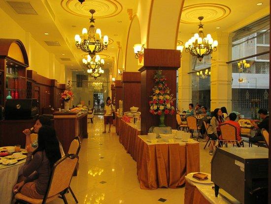The Ecotel Bangkok: Ruang makan The Ecotel