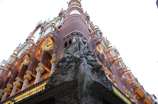 Palais de la Musique Catalane (Palau de la Musica Catalana) : Outside