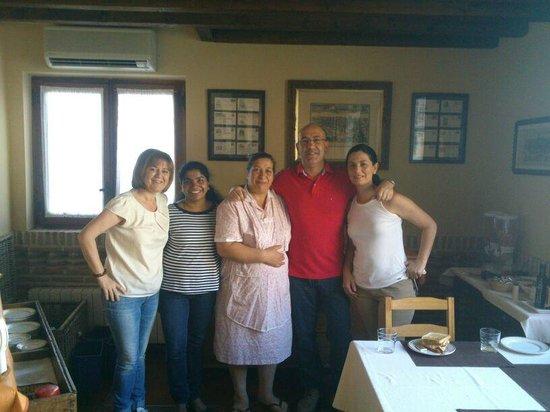 La Posada de Manolo: Desayuno con Luisa y su compañera