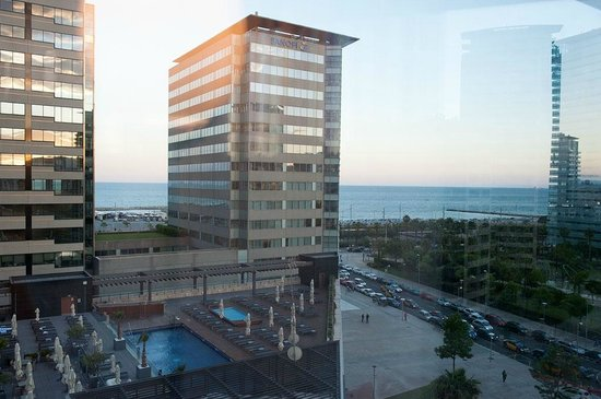 Hilton Diagonal Mar Barcelona: View from Suite No.620