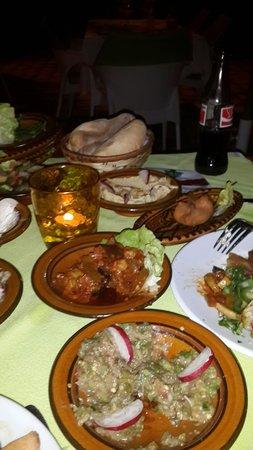 Al Kalaa Restaurant : 16 plats spécialiste libanais
