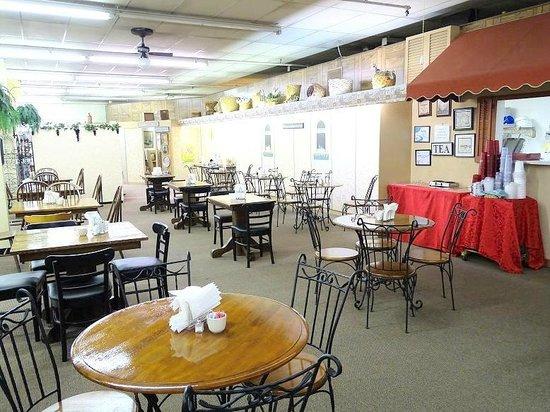 Side Street Cafe: the little cafe
