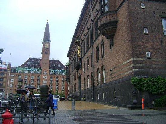 Rathaus Kopenhagen: Ayuntamiento de Copenhague, Dinamarca.