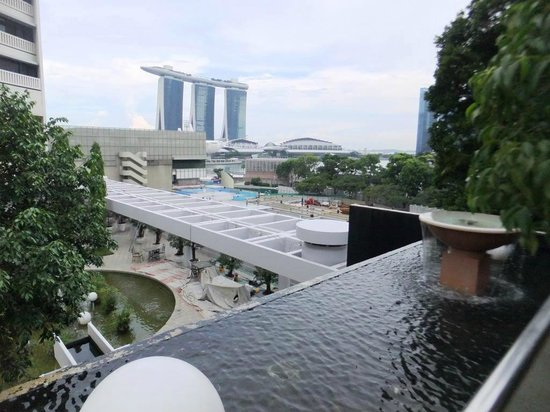 Pool view picture of marina mandarin singapore - Marina mandarin singapore swimming pool ...