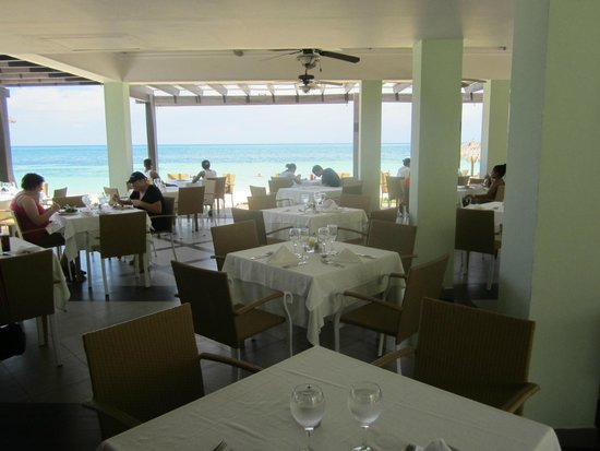 Iberostar Grand Hotel Rose Hall: open air lunch
