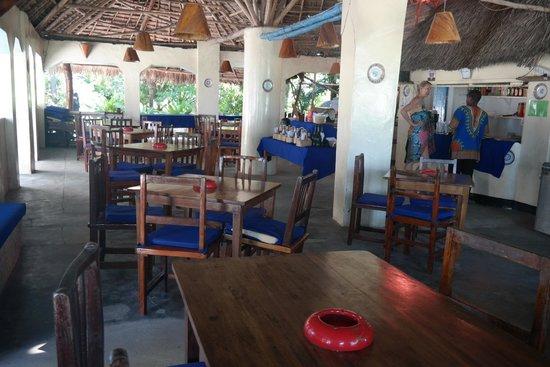 Ndame Beach Lodge Zanzibar: Really nice restaurant - wonderful place!