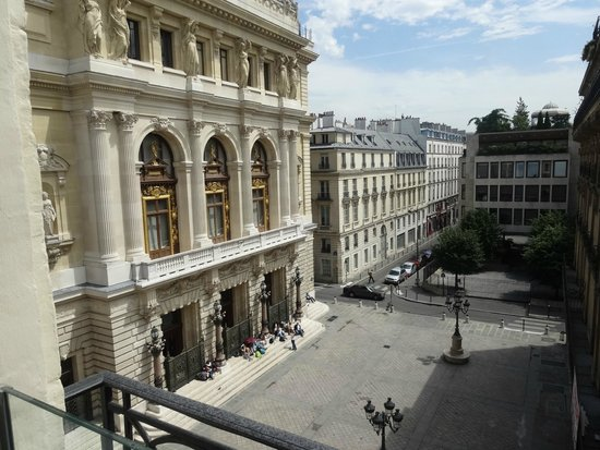 La Maison Favart: Room View of the Opera-Comique