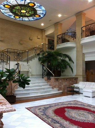 Hotel Continental: escalier