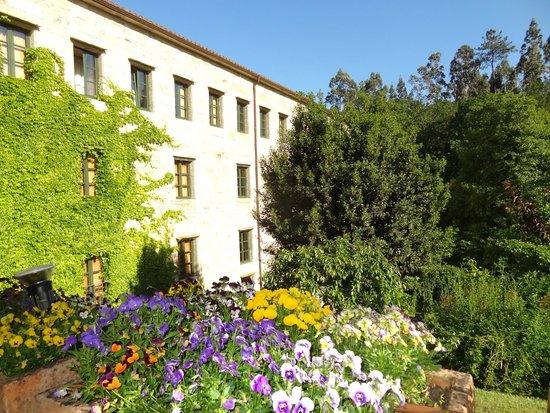 Hotel Spa Relais & Chateaux A Quinta da Auga: En esta parte del hotel estaba nuestra habitación.