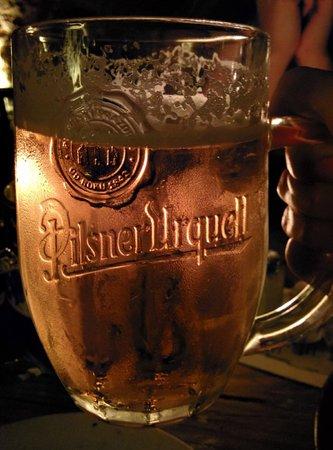 Tavern U Krale Brabantskeho: Non stop refilling