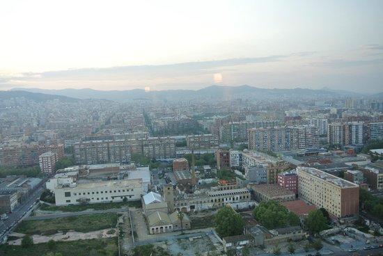 Melia Barcelona Sky : vue du salon The Level