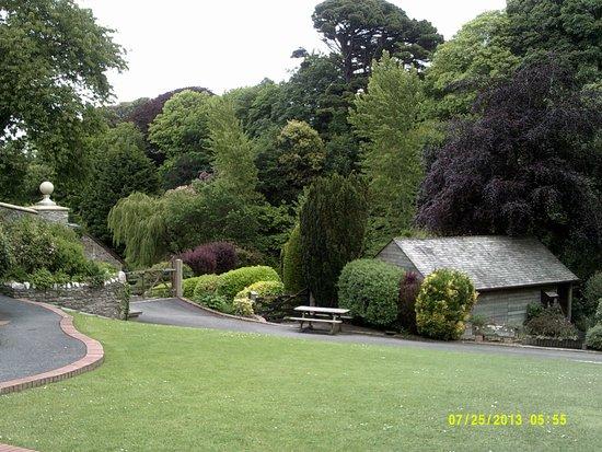 Watermouth Family Theme Park & Castle: Beautiful gardens