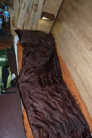 Vietnam Spirit Travel Day Tours: Train bed with a silk sleeping bag liner