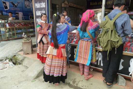 Vietnam Spirit Travel Day Tours: Bac Ha market